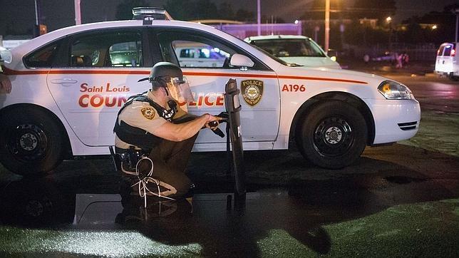 Dos heridos en un tiroteo en los actos por el aniversario de la muerte de Michael Brown