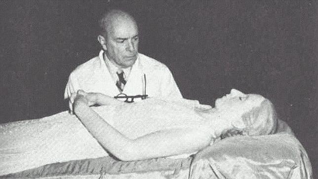 El cadáver momificado de Eva Perón