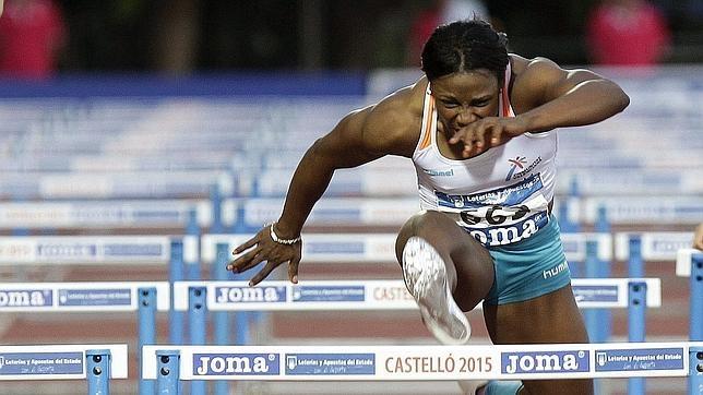 Josephine Onyia, durante el Campeonato de España de Atletismo