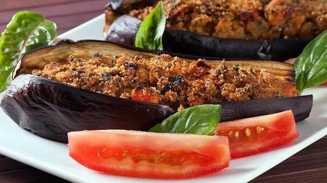 Men saludable con berenjena rellena de carne - Berenjena rellena de carne ...