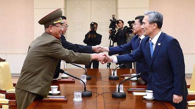 Corea del Norte despliega 50 submarinos militares en plena negociación con el Sur