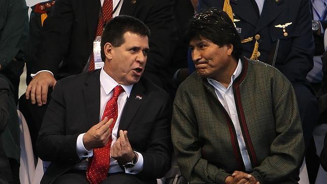 El presidente de Paraguay, Horacio Cartes, y el presidente de Bolivia, Evo Morales