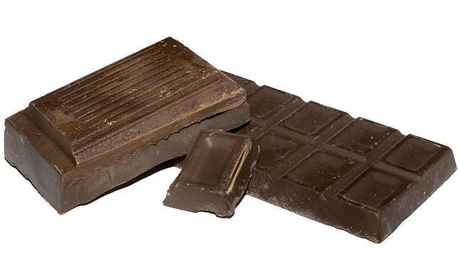 Chocolate puro, un bocado dulce con propiedades estimulantes y antioxidantes