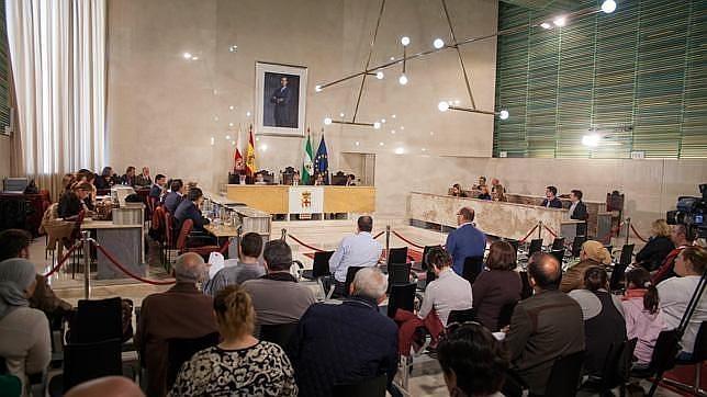 Imagen de un pleno de presupuestos en el Ayuntamiento de Almería