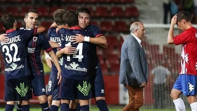 Pleno de puntos para Numancia, Alavés y Osasuna mientras Llagostera y Bilbao Athletic no han estrenado su casillero de puntos.