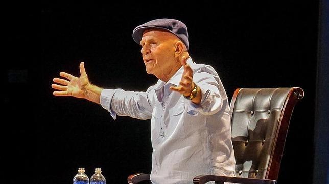 Las mejores frases de Wayne Dyer, el «padre de la motivación»