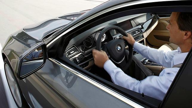 Al volante, peligro constante, pero ¿hombre o mujer?