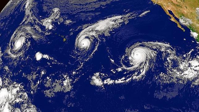 Las tres huracanes (Kilo, Ignacio y Jimena) formados en el Pacífico