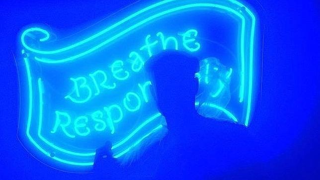 Inauguran un bar en el que los clientes respiran (literalmente) alcohol