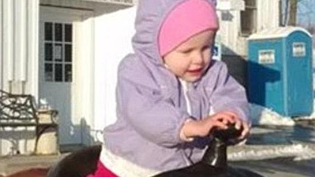 Una niña muere de una infección de oídos por el miedo de sus padres a los «antibióticos modernos»