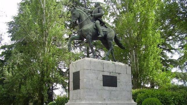 La estatua de Simón Bolívar, emplazada en el Parque del Oeste de Madrid