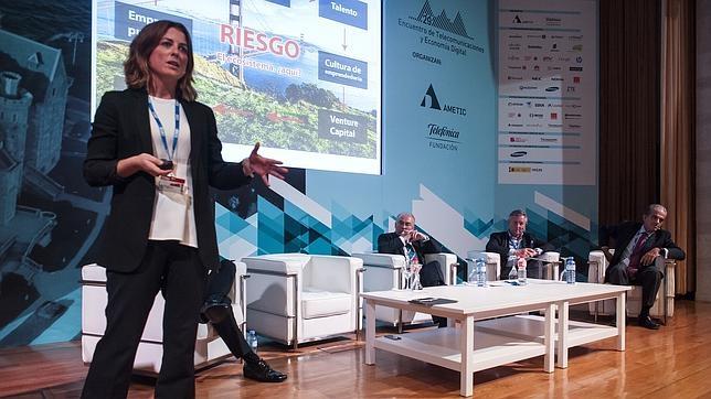 Marta Plana, durante su intervención en el XXIX Congreso de Telecomunnicaciones
