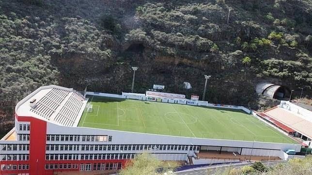Impresionante aspecto del estadio Silvestre Carrillo, donde juega el Mensajero