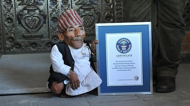 Muere el hombre más pequeño del mundo