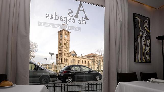 El restaurante «As de espadas», junto a la Estación de Ferroracarril de Toledo