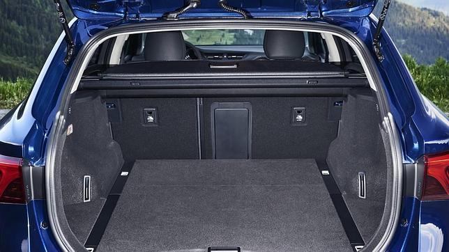 El nuevo Toyota Avensis ya está en los concesionarios