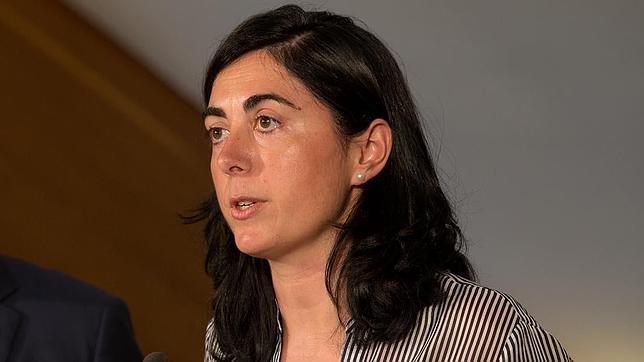 El PSOE acosa a Elena Candia