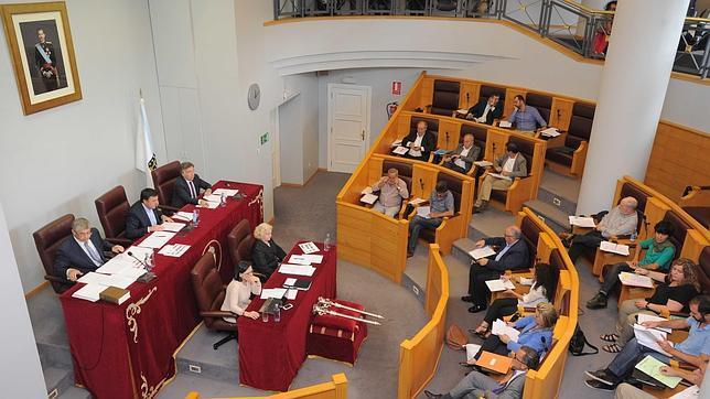 Un momento del pleno celebrado este viernes en la Diputación de La Coruña