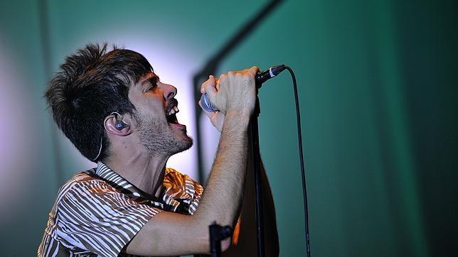 Pucho, cantante de Vetusta Morla, en una imagen de archivo durante un concierto de la banda
