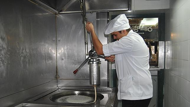 Daniel Real es el maestro churrero de la casa