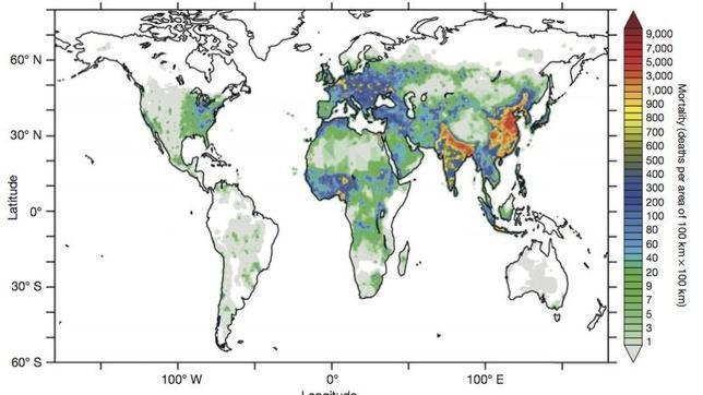 Mortalidad asociada al aire contaminado en 2010. Asia y algunas zonas de Europa del Este son las más afectadas