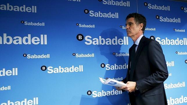 Sabadell elimina las comisiones en los cajeros para sus for Cajeros barcelona
