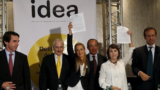 Maduro: Si algo me pasa, ¡retomen el poder y hagan una revolución más radical! - Página 4 Aznar-tintori2--644x362