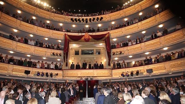 El Teatro Real de Madrid recuperael esplendor de tiempos ... Felipe Martinez
