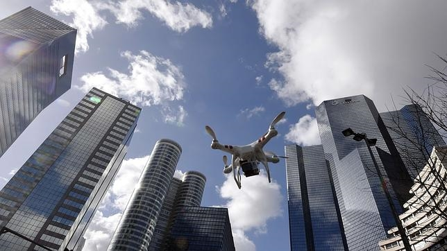 El uso de drones en zonas urbanas exigirá un plan de seguridad