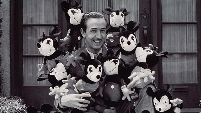 Disney, además, mantenía una buena relación con el director de la agencia