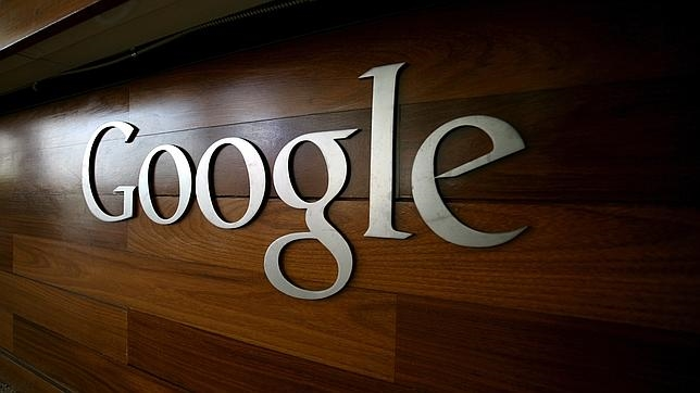 Logo de Google en la sede de la compañía en Mountain View, California
