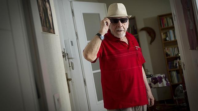 Antonio Ferres, autor de otros títulos como «Al regreso del Boira» (Trama, 2002) o «Los confines del reino» (Pretextos)
