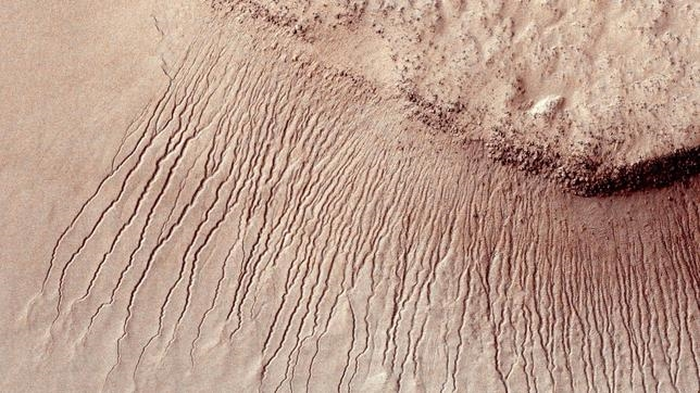 Si hay agua en Marte, ¿hay también vida?