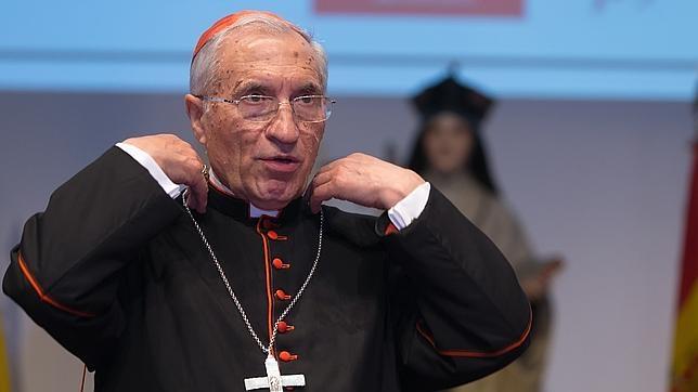 Once cardenales, entre ellos Rouco Varela, rechazan la comunión para divorciados y homosexuales
