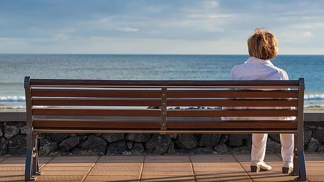 Cuidar las relaciones con familiares y amigos, entre los consejos para combatir la soledad