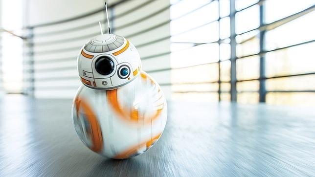 ¿Un juguete? ¿Un avión? ¿Un androide? Sphero BB-8 despierta a «Star Wars»