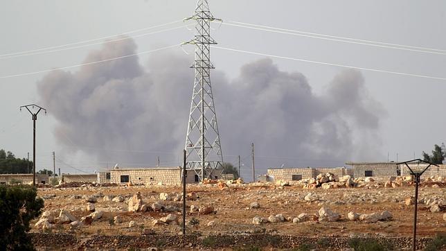 Imagen que muestra un instante en el que Rusia estaba bombardeando Idlib, Siria