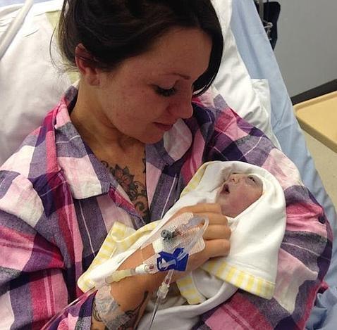 Teddy, el bebé que salvó muchas vidas pese a vivir solo 100 minutos