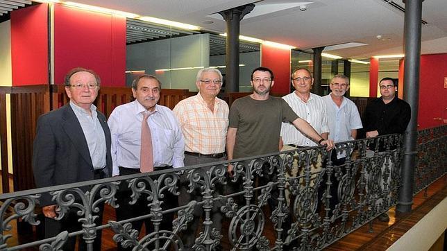 Imagen de la junta directiva de Acció Cultural del País Valencià