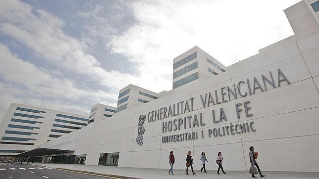 Imagen de la fachada del Hopital La Fe de Valencia
