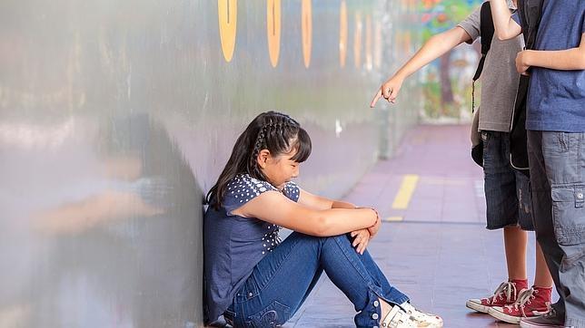 «Si sufres acoso escolar, es vital pedir ayuda desde el principio»