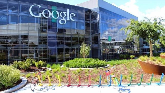 La recompensa de Google para el exempleado que compró el dominio Google.com durante un minuto
