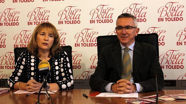 Luis González e Isabel Alamillos en la presentación de la feria