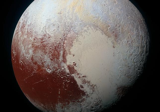 La New Horizons revela un mosaico de colores en la superficie de Plutón