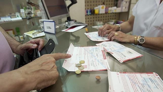 Esto podría suponer que se dispensaran fármacos no sujetos a prescripción médica en tiendas