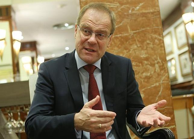 El comisario europeo de Educación, Cultura, Juventud y Deporte, Tibor Navracsics