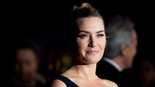 Kate Winslet ha firmado un contrato con L'Oréal donde no se permite el retoque de sus fotos