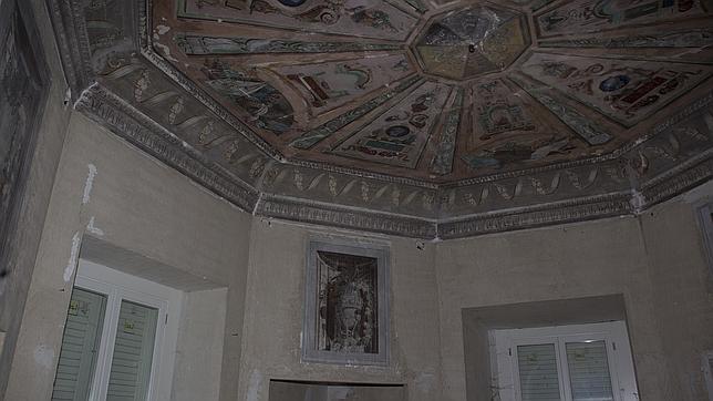 Habitación del Duque de Osuna, en fase de rehabilitación