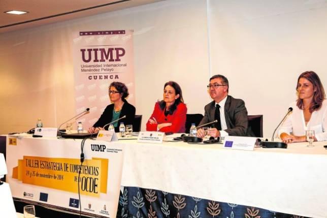 Marín y Gomendio durante su intervención en el taller