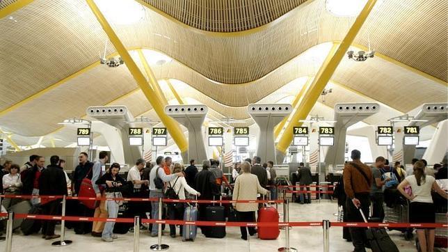 Las cien medidas de la revolución silenciosa del aeropuerto de Barajas